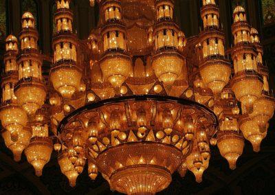 Abu Dhabi - Größter Kronleuter der Welt